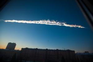La traccia nel cielo dell'Evento Chelyabinsk.